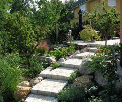 Gartentreppe mit geringer Steigung