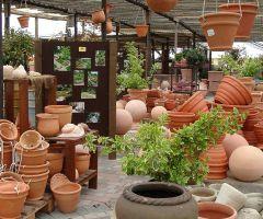 Variantenreiches Keramikangebot