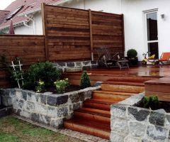 Edelholztreppe zur Terrasse