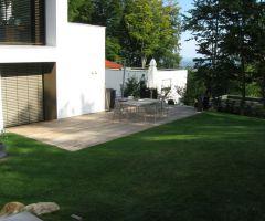 Terrasse mit Lärchenholzdielen